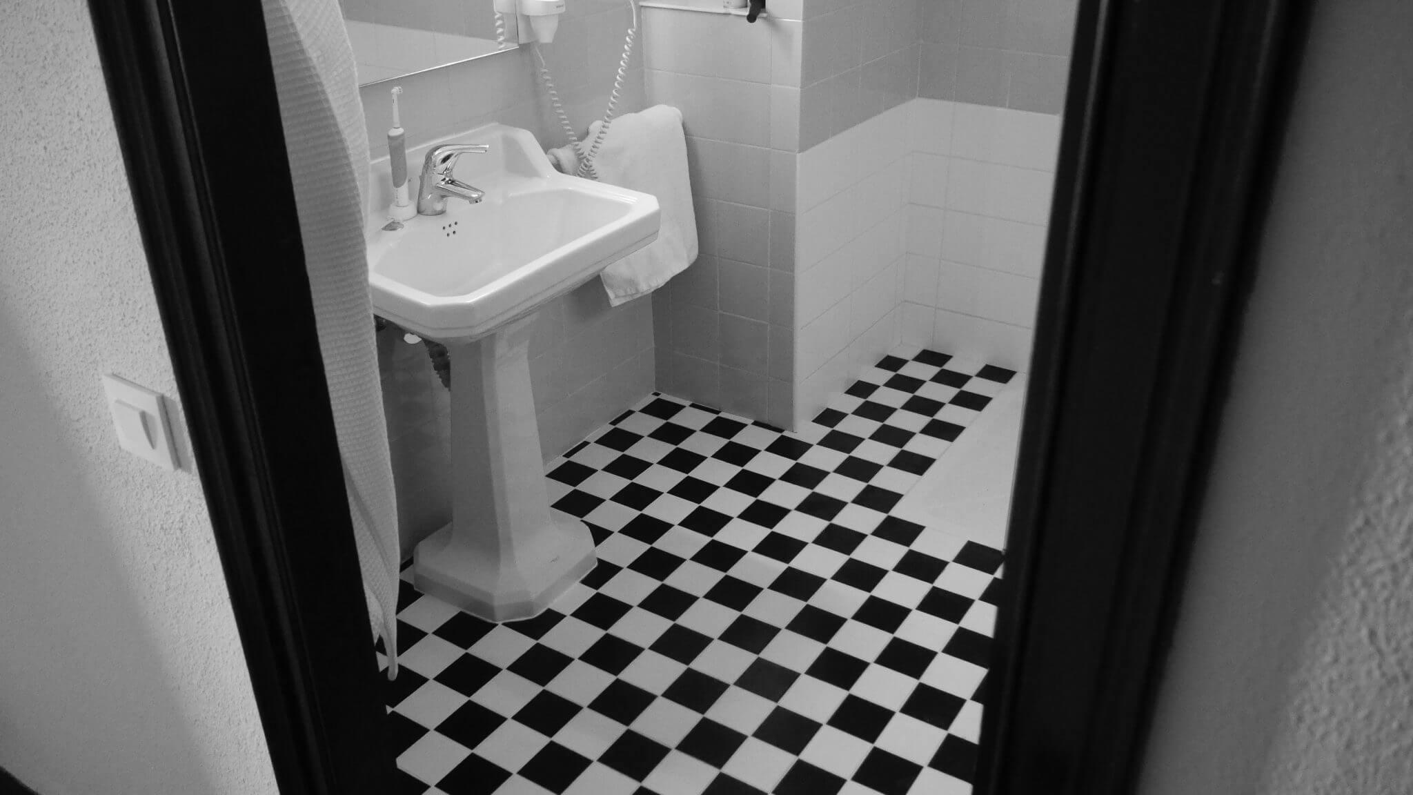 débouchage lavabo paris 19